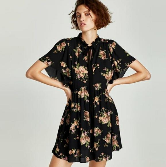 b2325c8c Zara mini dress with bow. M_5a5fbcb900450fdfdf758c1d
